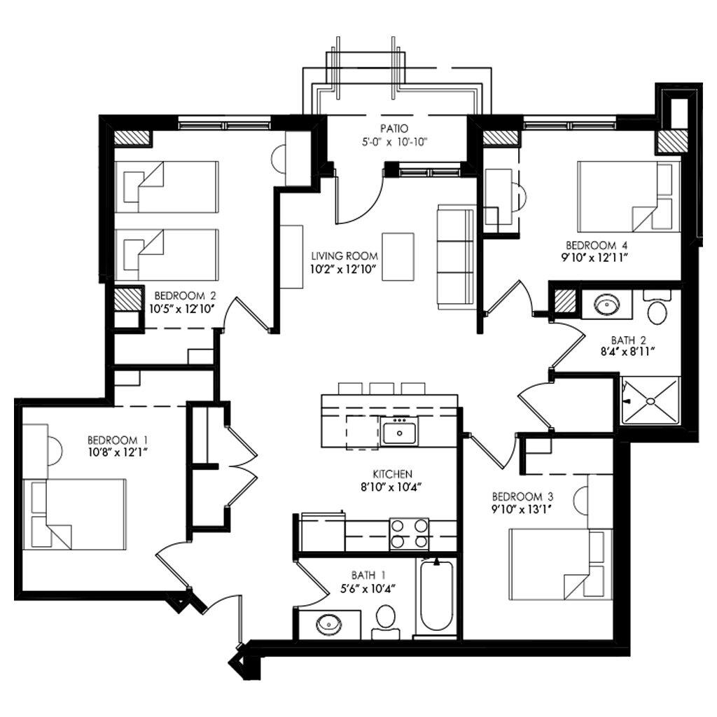 4 Bedroom apartment with living room between bedrooms